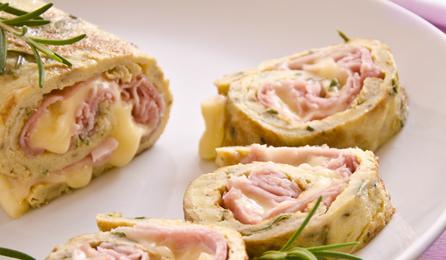Torta Salata Arrotolata con Prosciutto e Formaggio senza Glutine