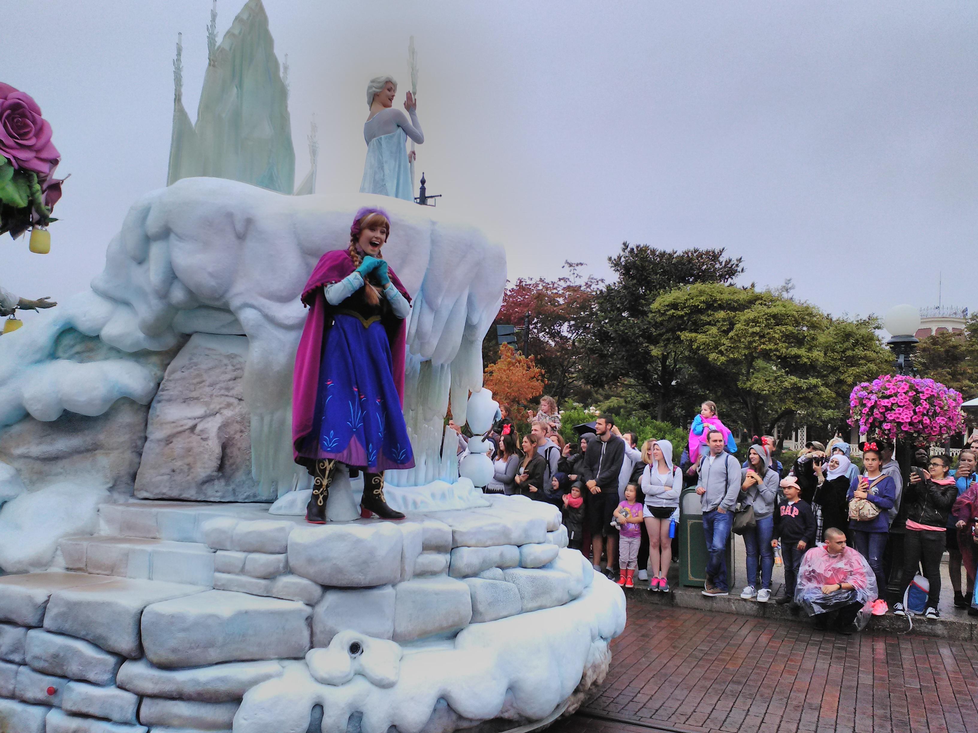 Disneyland Paris e la magia di Frozen