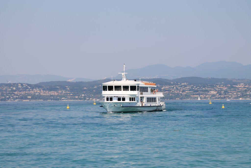 Lago di Garda battello