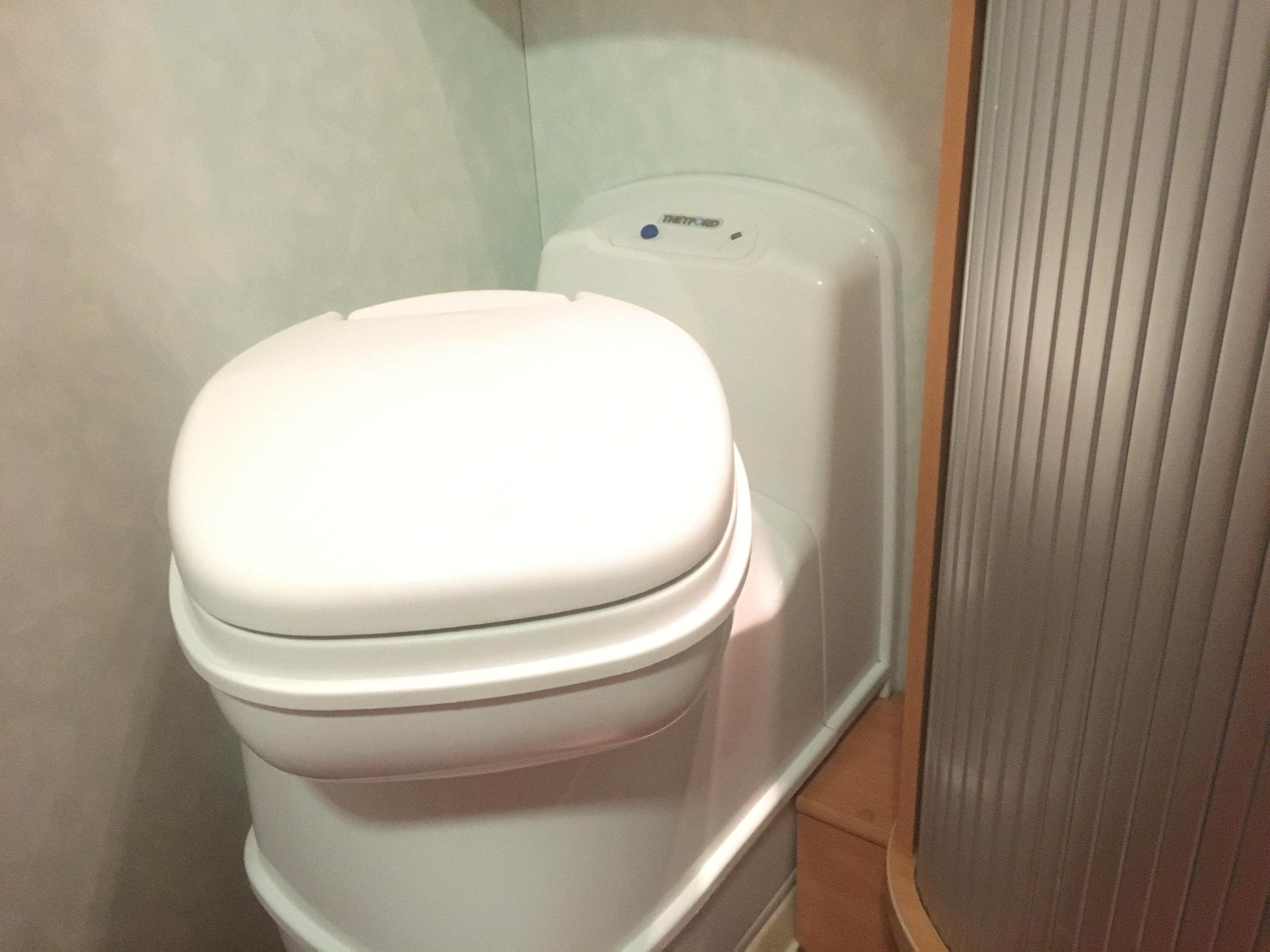 Come funziona il wc chimico in camper mamma in viaggio