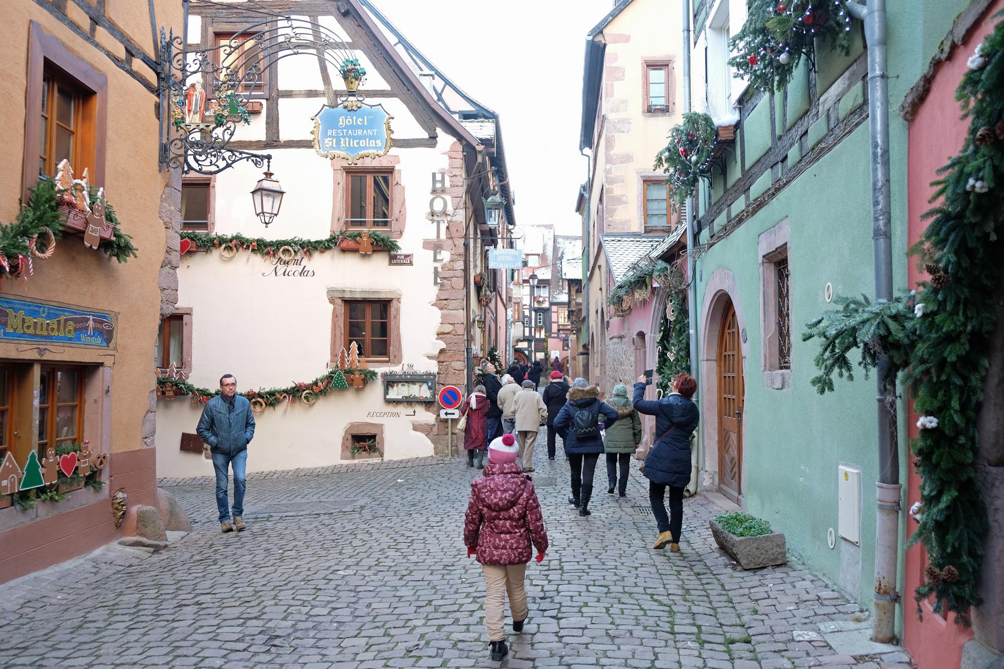 Riquewihr, magia tra alte torri e possenti mura