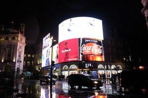 Londra Piccadilly Circus MammaInViaggio