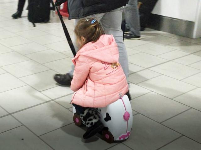 In aeroporto con bambini: tutto ciò che devi sapere