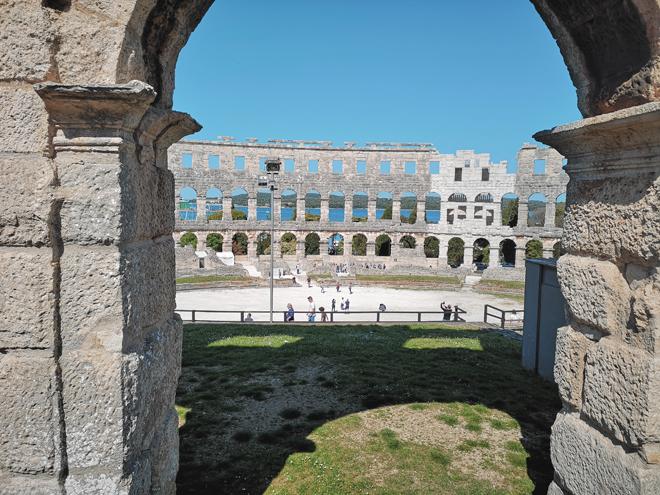 Croazia Pola Anfiteatro MammaInViaggio