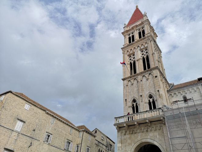 Croazia Trogir Cattedrale e Torre MammaInViaggio