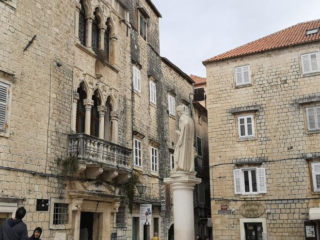 Croazia Trogir Cipikko Palace MammaInViaggio
