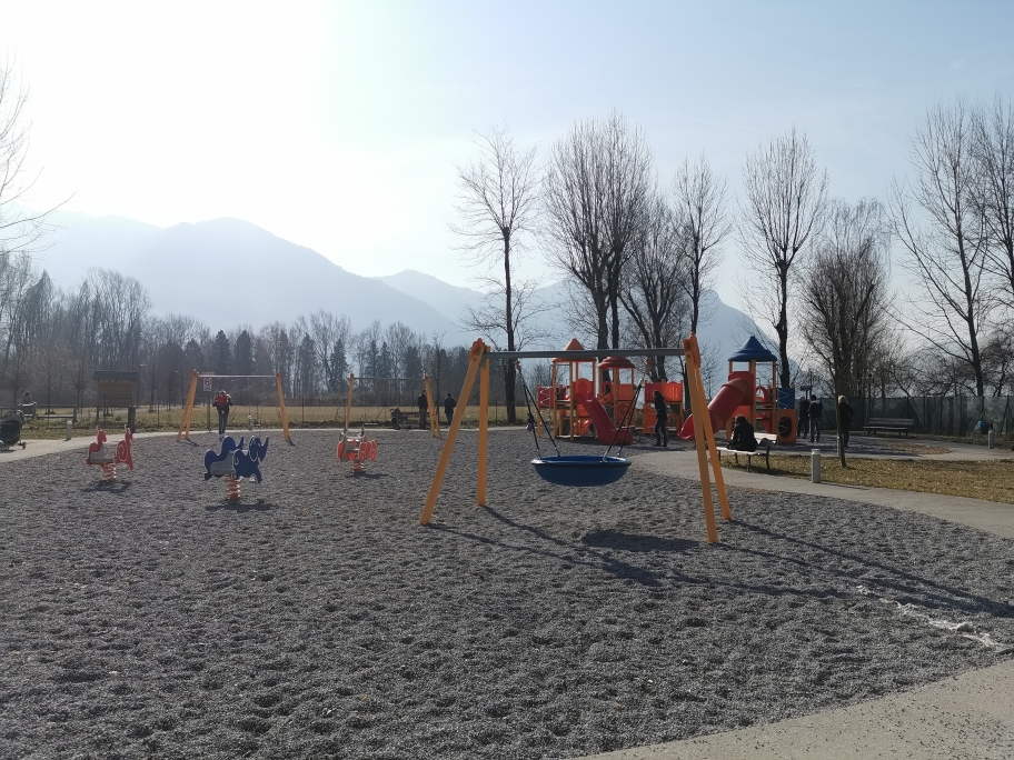 Area sosta camper Costa Volpino Lovere