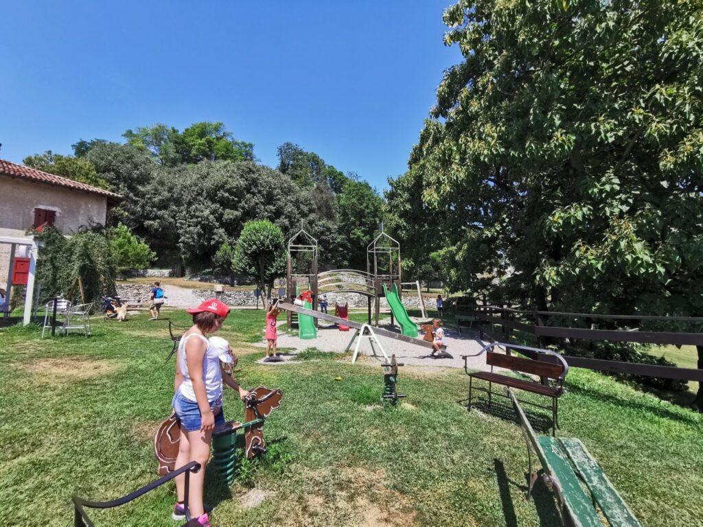 Rocca di Arona parco giochi